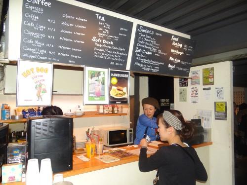 オススメはイタリアの人気コーヒーブランド「ラバッツァ」の豆を使ったホットコーヒー