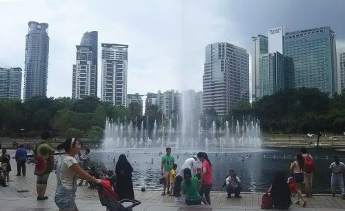 高層ビルが建ち並ぶクアラルンプール
