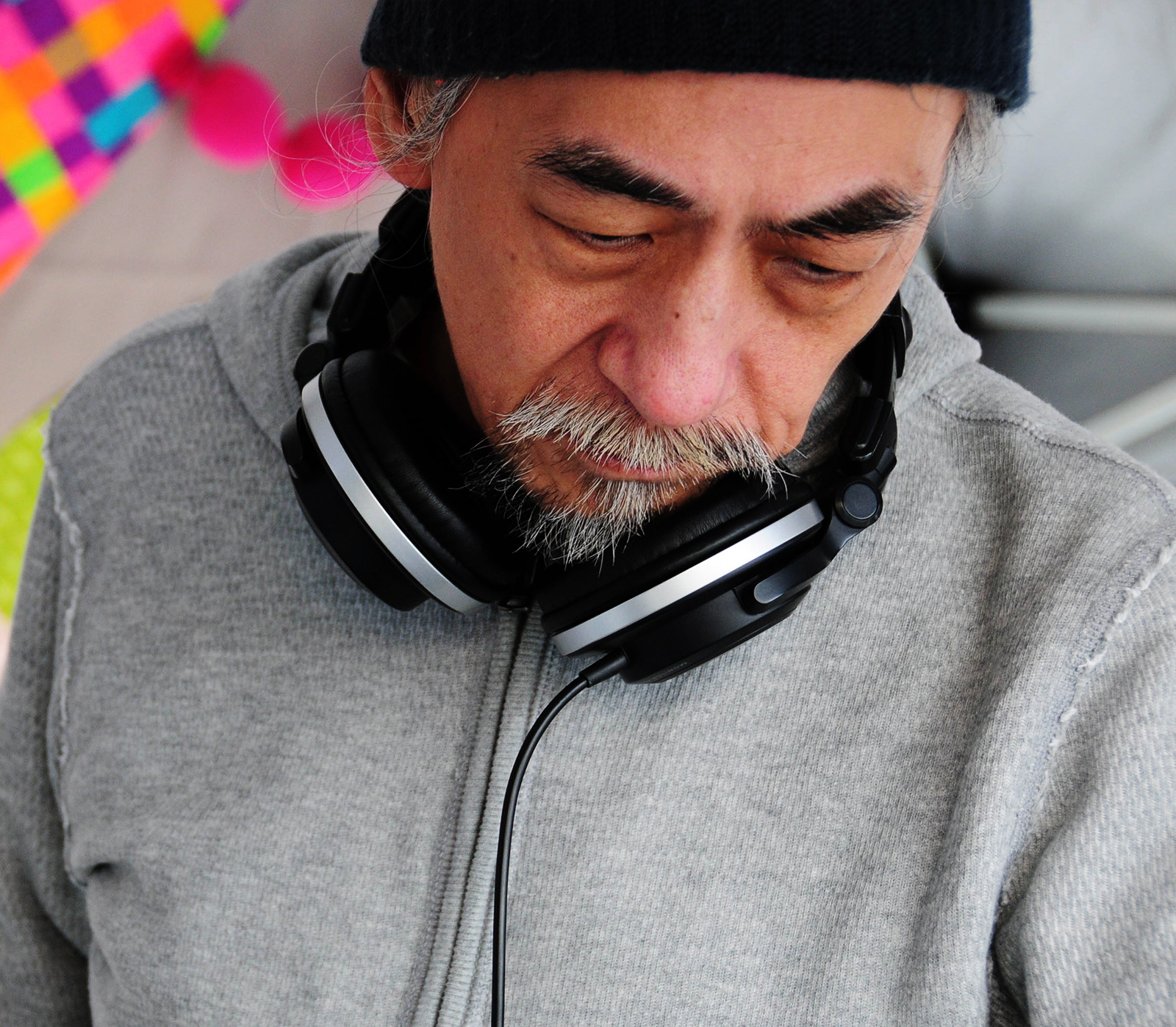 DJ AGEISHIさん